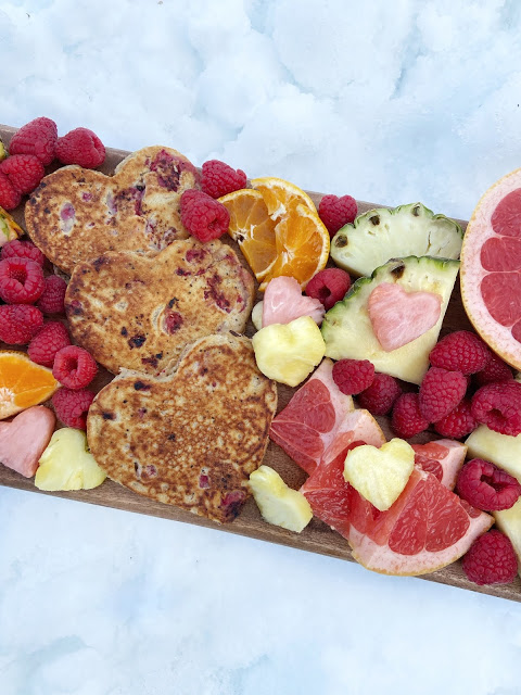 How to Build a Brunch Board